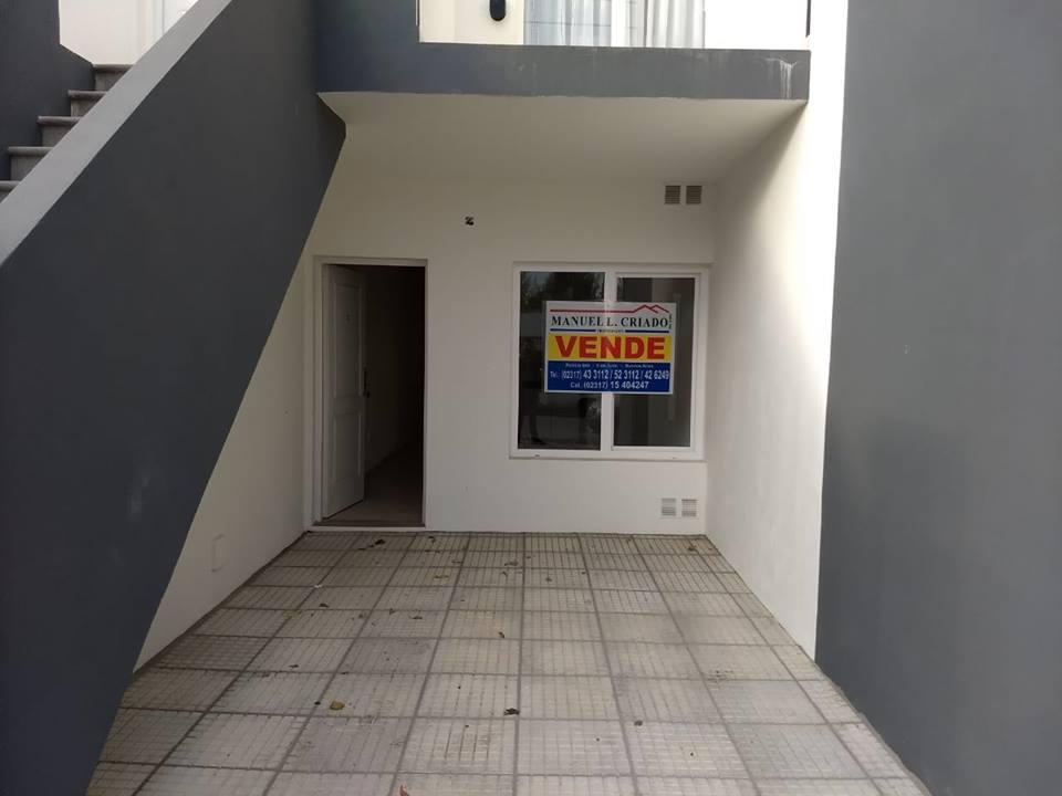 N. Robbio entre Gardel y Avenida Compaire